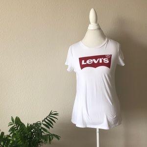 Levi's logo t shirt